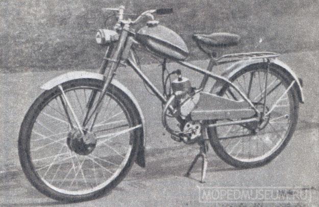 Легкий мопед Рига-7