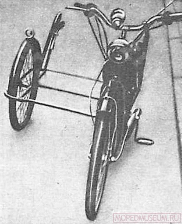 Боковая коляска к мотовелосипеду