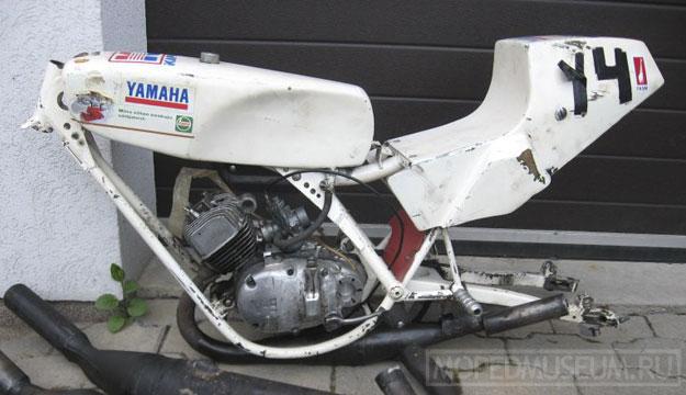 Шоссейно-кольцевой микромотоцикл Рига-Юниор