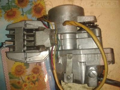 Двигатель V-90 (1990-1995)